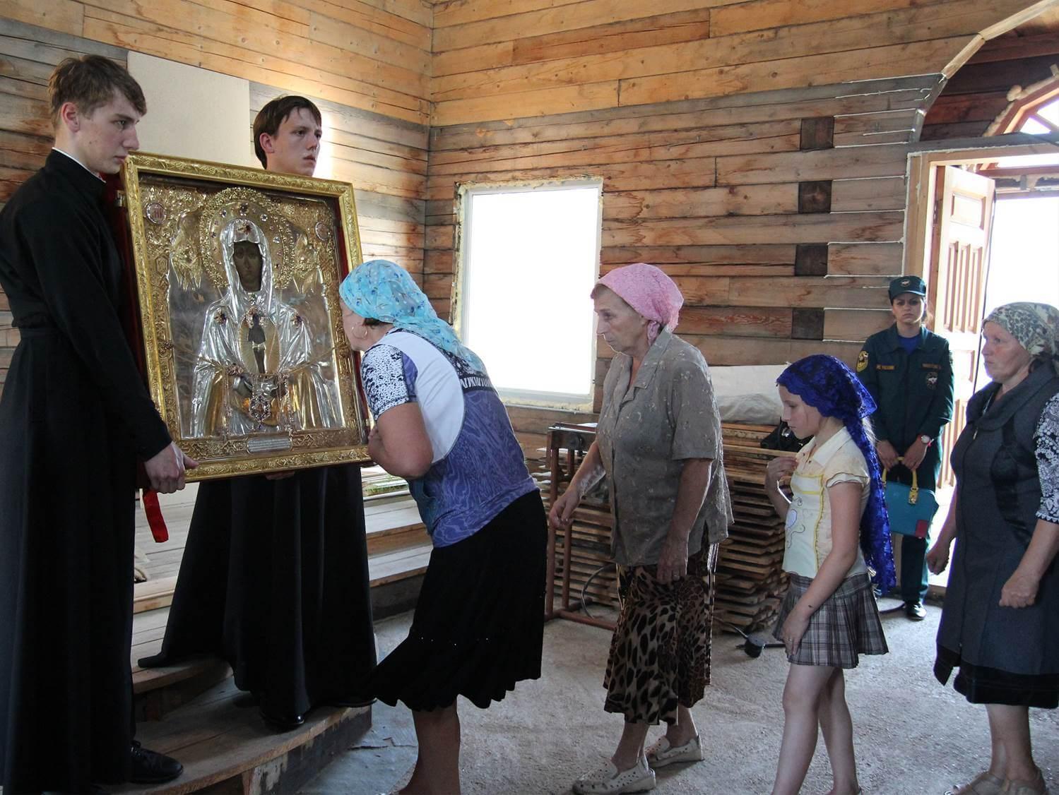 14 августа 2013 Архара, Архаринский район. Строящийся храм в честь Новомучеников и исповедников Церкви Русской