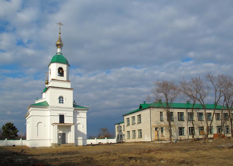 Среднебельский Богородичный женский монастырь, с. Среднебелая, Ивановский р-н, Амурская обл.
